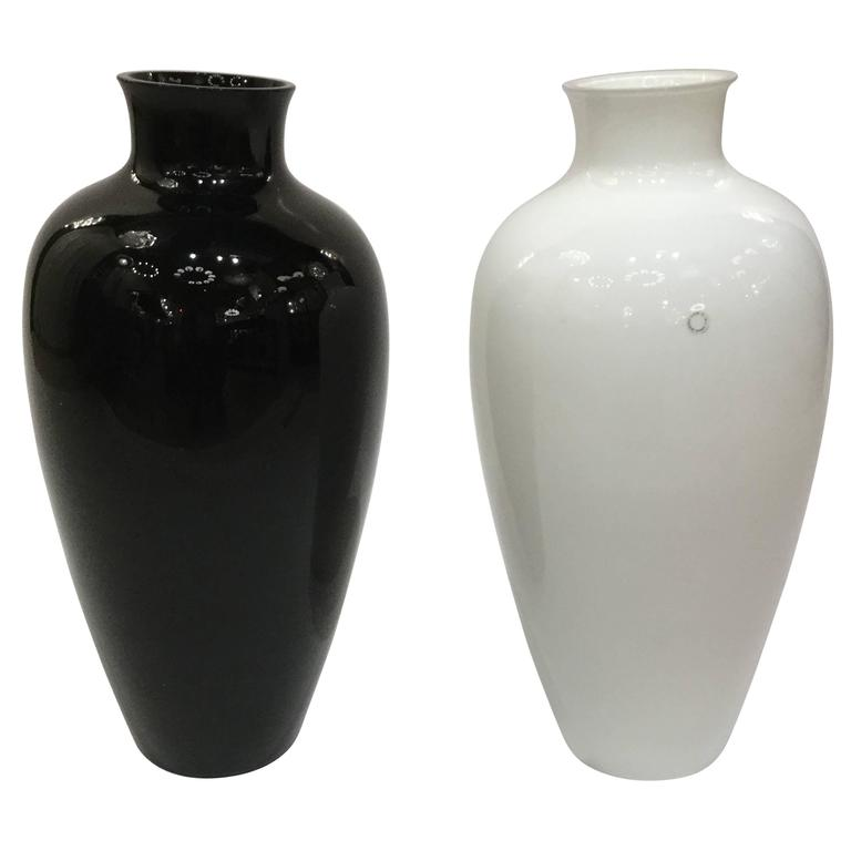 Cinese Pair Of Large Italian Art Glass Vases By Paolo Venini